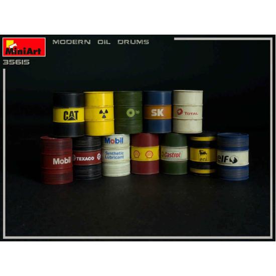 Miniart 35615 - Modern Oil Drums 200L 1/35 Scale Plastic Model Kit