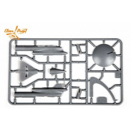 Clear Prop CP72004 - 1/72, Tu-143 Reys, scale model kit, Length 112 mm