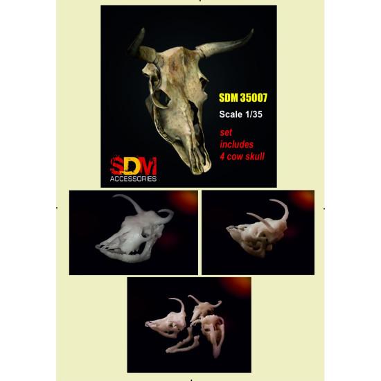 SDM 35007 - 1/35 - Cow skull 8 pcs. Acccessories for diorama
