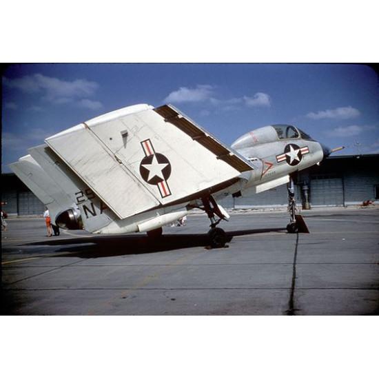 CAT4 R48041 - F7U-3/3M 1:48 Cutlass nose section+refueling probe (Hobbycraft) scale kit