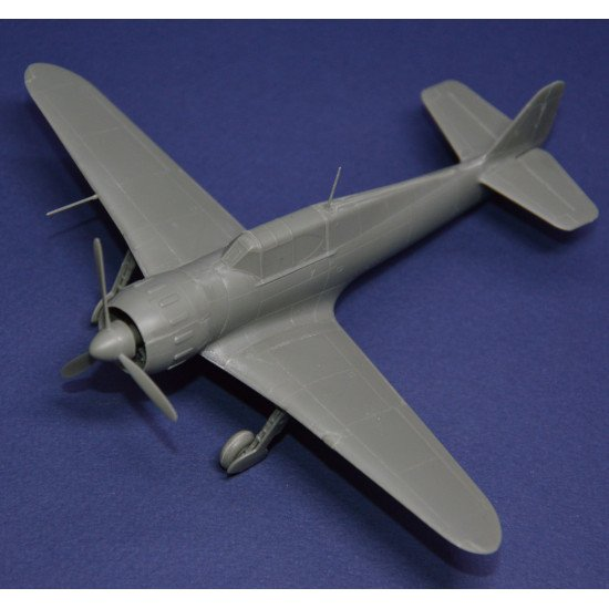 Dora Wings 72026 - 1/72 scale Bloch MB.151.C.1 model kit aircraft