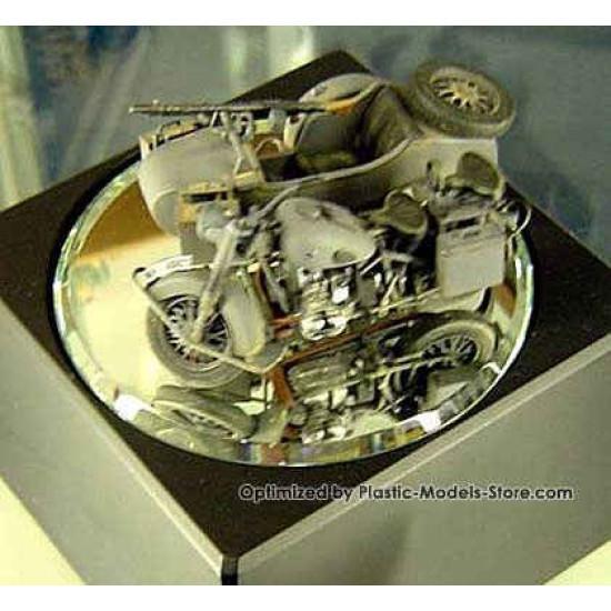 German motorcycle WWII BMW R75 1/35 Master Box 3528