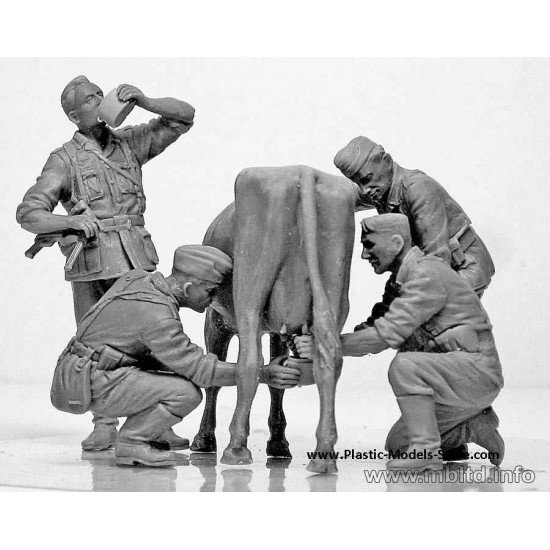"""Operation """"Milkman"""" 3 germans with cow 1/35 Master Box 3565"""