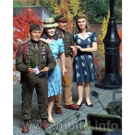 Europe 1945 CIVILIANS women 4fig 1/35 Master Box 3514