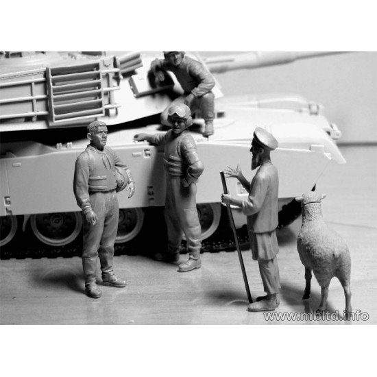 US tankmen in Afghanistan. Can we buy one of your sheep for a BBQ? 5 figures 1/35 Master Box 35131