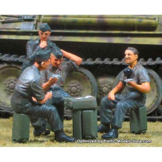 Die Skatspieler German tankman 1/35 Master Box 3525