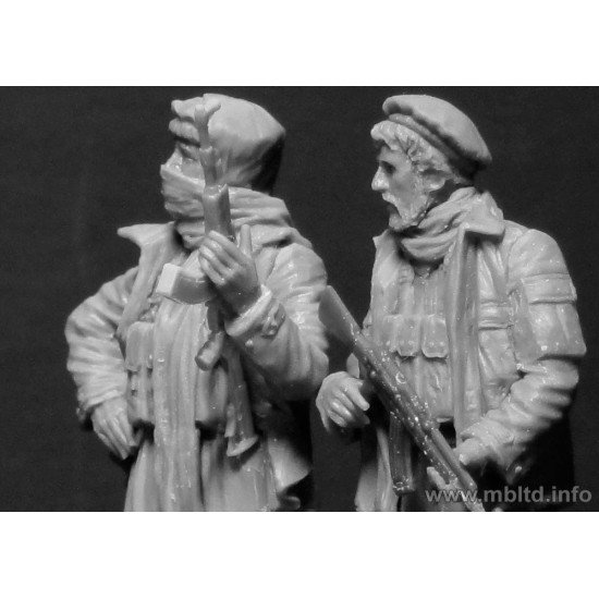 US Special Forces with a Taliban prisoner. Somewhere in the Middle East. Present day 5fig. 1/35 Master Box 35163