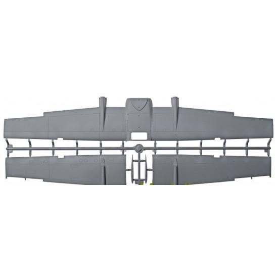 "PLASTIC MODEL BUILDING KIT AIRCRAFT CESSNA O-2A "" SKYMASTER "" 1/32 RODEN 620"