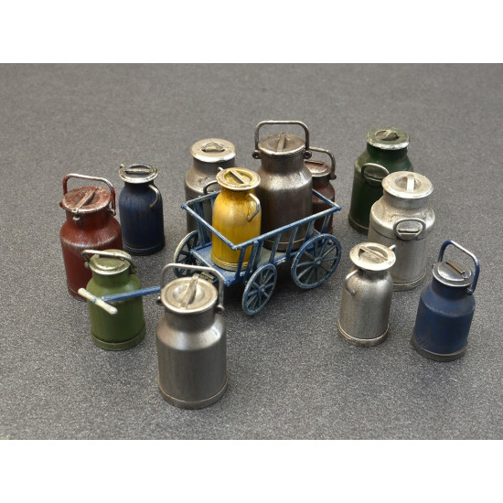 MILK CANS WITH SMALL CART - PLASTIC MODEL KIT SCALE 1/35 MINIART 35580