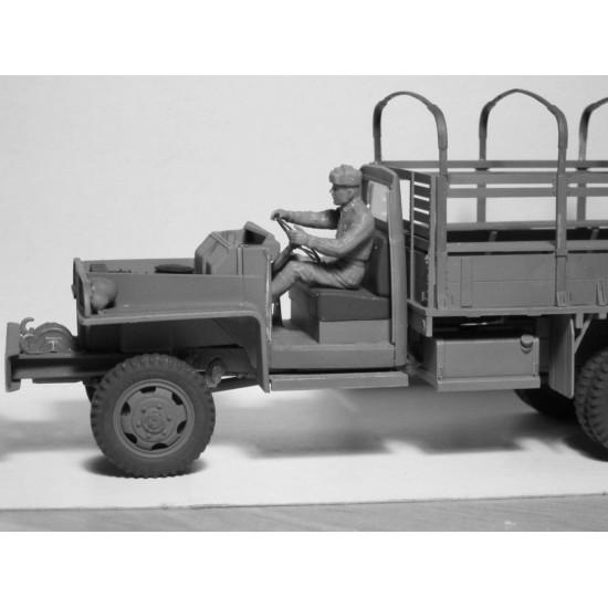 MODEL KIT USSR WWII RKKA DRIVERS 1943 1945 2 FIGURES 1/35 SCALE ICM 35643