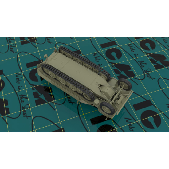 ICM 35103 SD.KFZ.251/1 AUSF.A WITH GERMAN INFANTRY 1/35 scale PLASTIC MODEL KIT